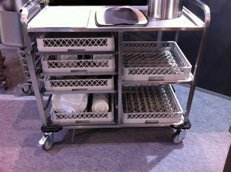 Afruimwagen voor vaatwaskorven - Foto van keukenuitrusting ...